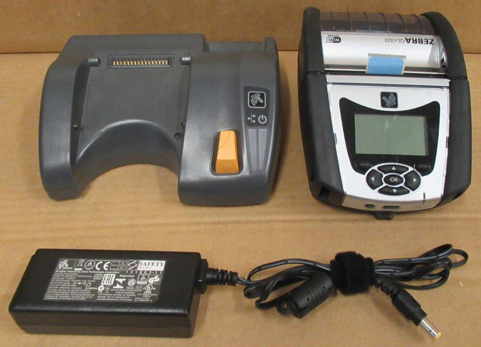 Zebra QLn320 3 Thermal Mobile Label Printer Cradle Charger & AC Adapter
